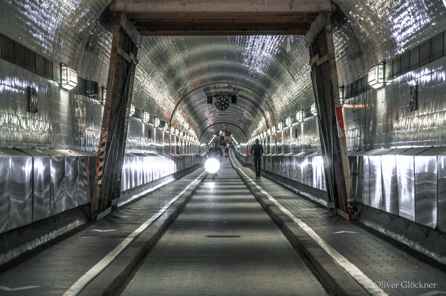 Hamburg Elbtunnel2
