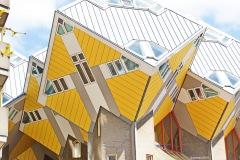 Kubehäuser-in-Rotterdam1